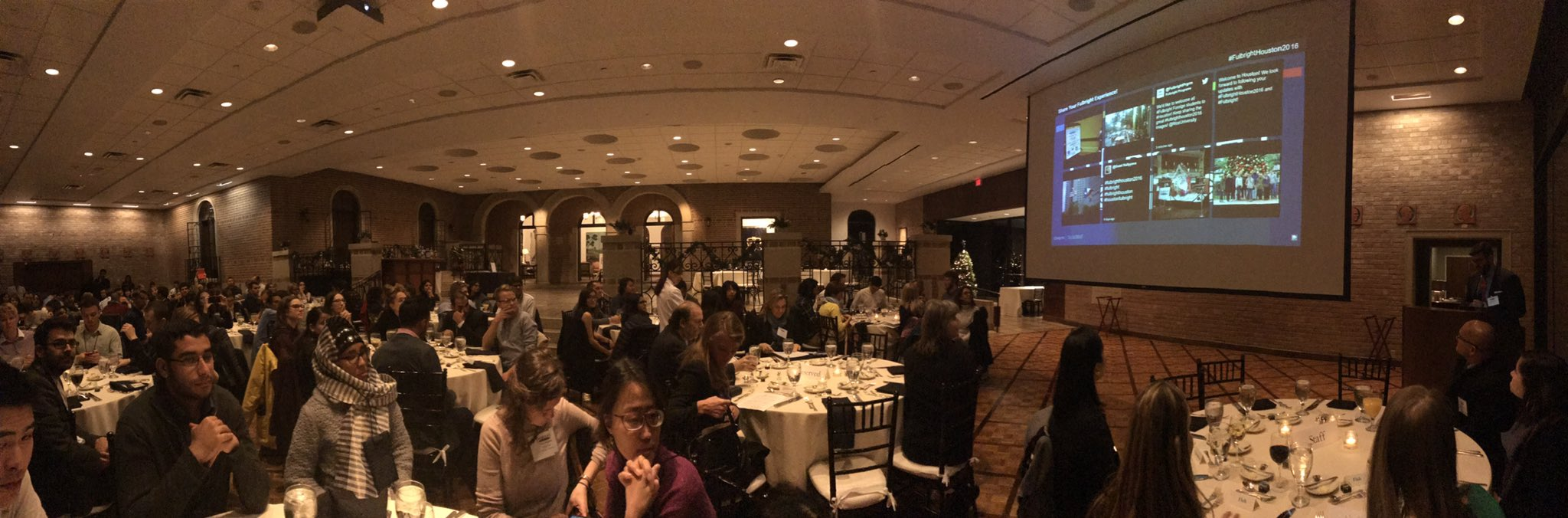 Welcome dinner at #riceuniversity for our 116 guests from over 60 countries! #fulbrighthouston2016 #fulbright @FulbrightPrgrm https://t.co/7EvUTDBMTa