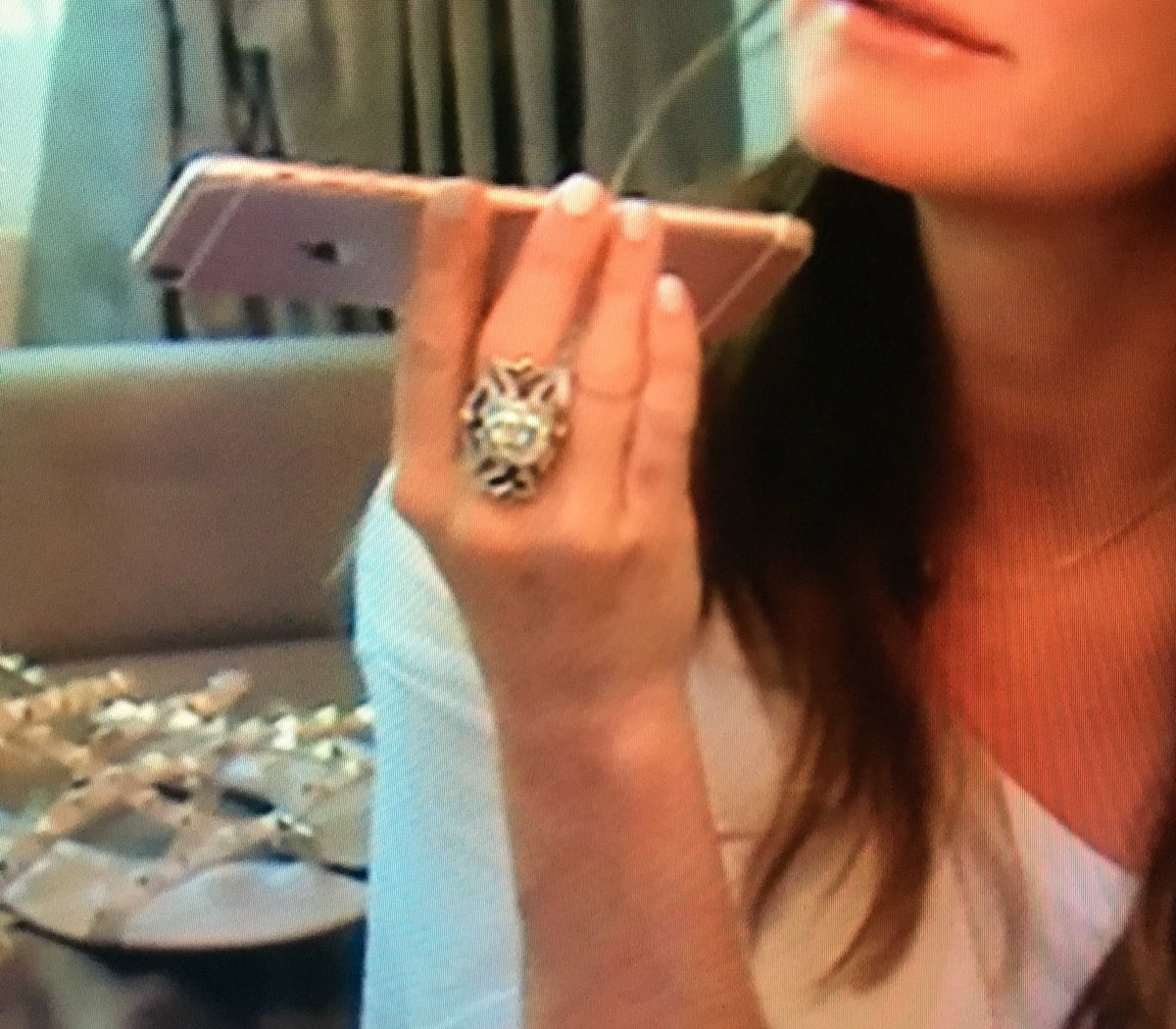 Kyle Richards On Twitter The Diamond In Center Was My Mom S Wedding Ring Missrodkin Designed It For Me