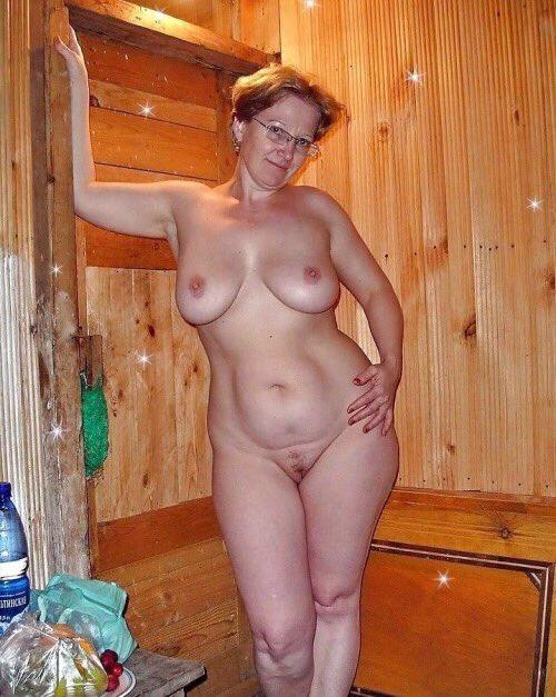 тетки голышом фото