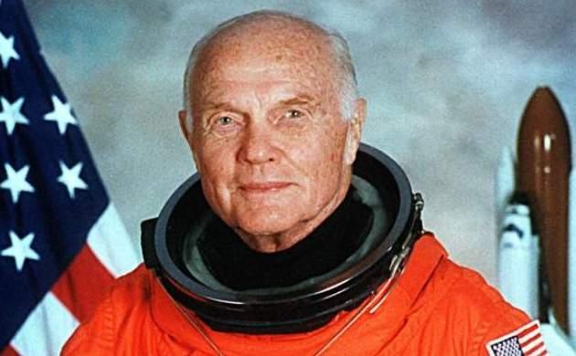 Dünya'nın yörüngesine oturan ilk ABD'li astronot hayatını kaybetti