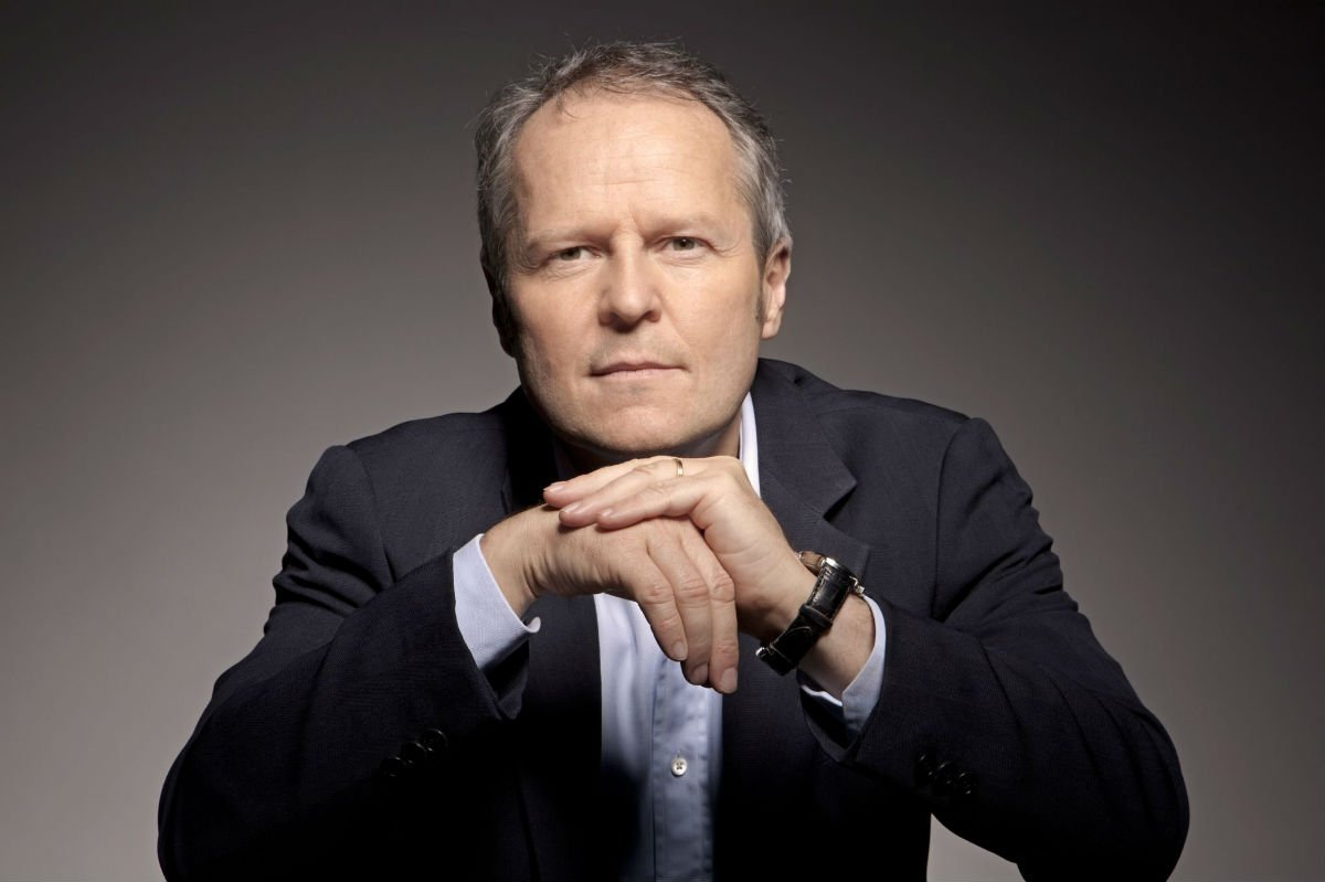 Congratulations to Yves Guillemot of @Ubisoft - one of our People of the Year for 2016 https://t.co/ugN2l9cI9H https://t.co/z482BlYs9g