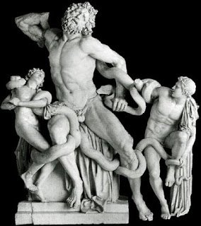 Existen numerosos debates sobre la escultura, ya que no es claro si es original o una copia romana de un bronce griego. #storart1  #MGP https://t.co/E59VOhmFmA