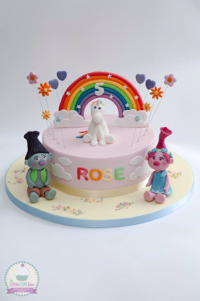 The Little Cake Box on Twitter Lots of glitter on this unicorn