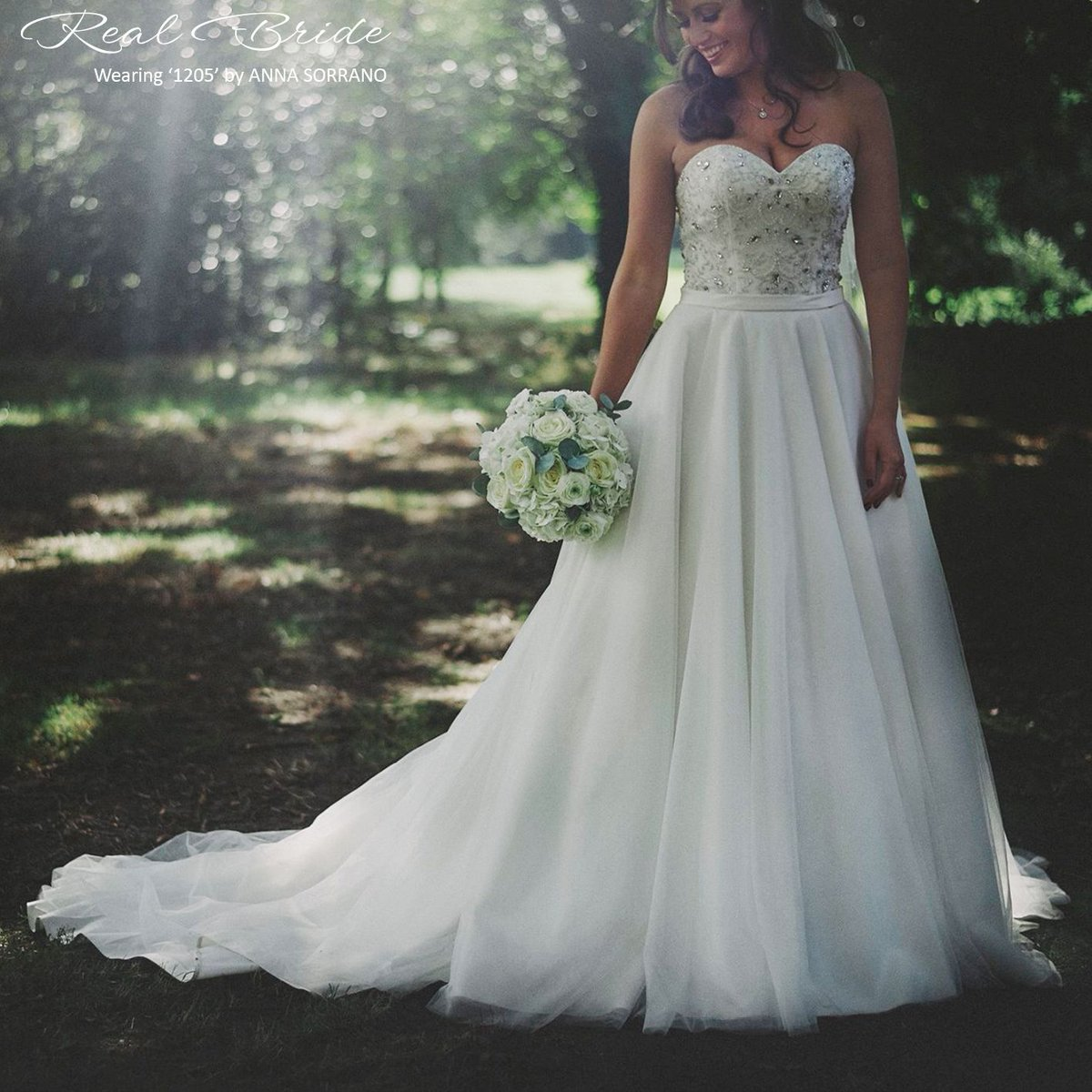 """Real Brides Wed2b: WED2B On Twitter: """"We Just Love This Photo Of Our Stunning"""