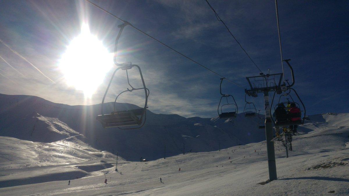 Estrenando temporada en Formi. ☀.  Temperaturas suaves para Diciembre. ❄ polvo-dura. Nieve muy justita sobre todo orientación sur.