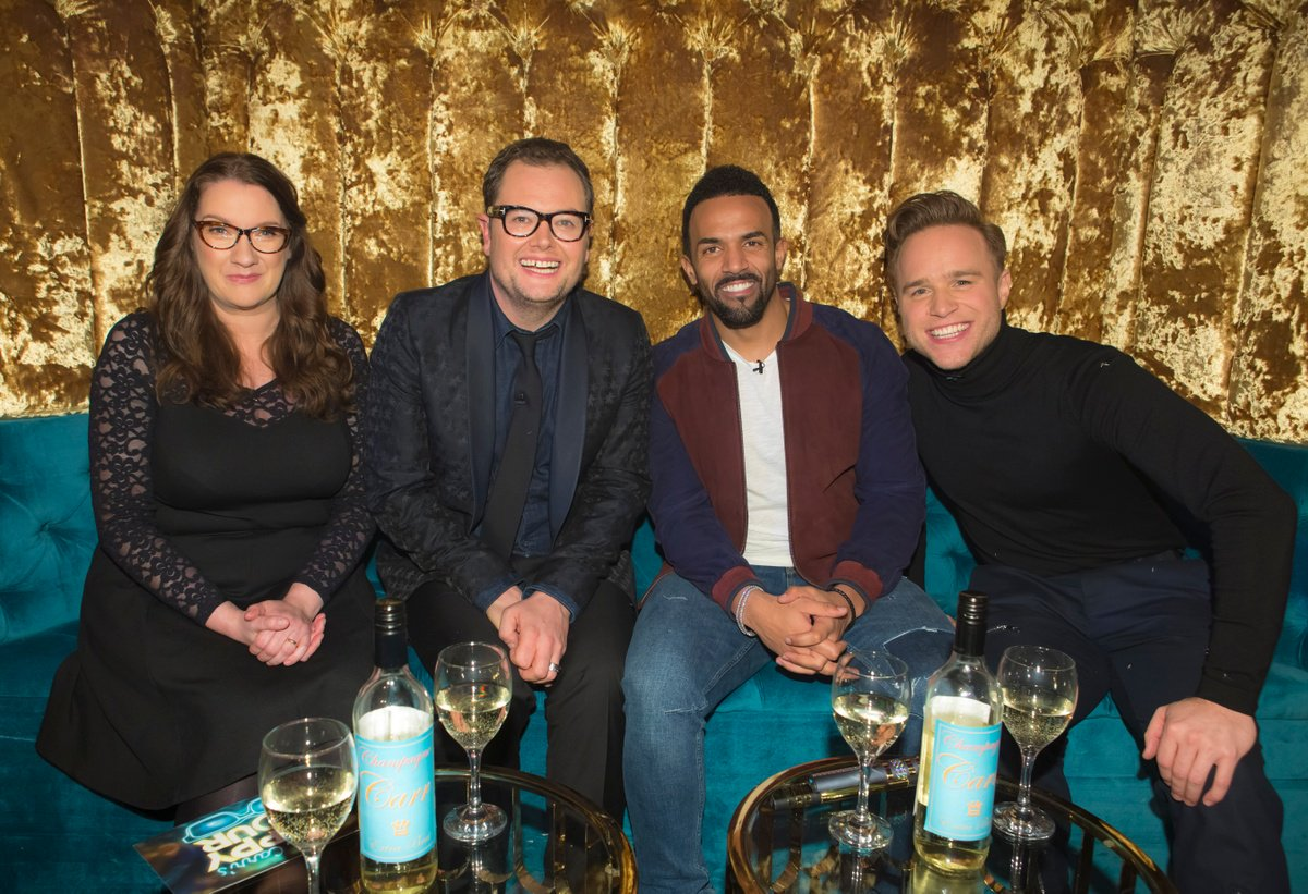 I'll be joining Mr Chatty Man himself @AlanCarr on his @happyhour show tonight at 8pm on @Channel4 https://t.co/ytqLvg5c80