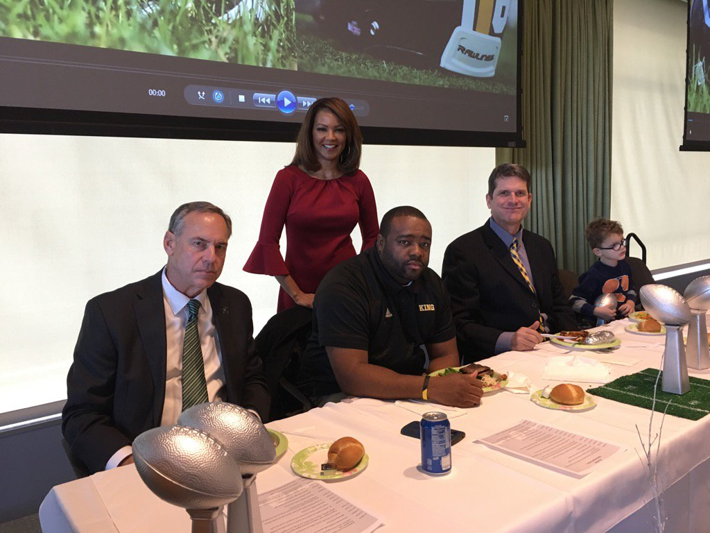 #backchannel celebration luncheon for Cass and King with MSU Coach Dantonio and UofM Coach Harbaugh https://t.co/v7dDVUvsyG