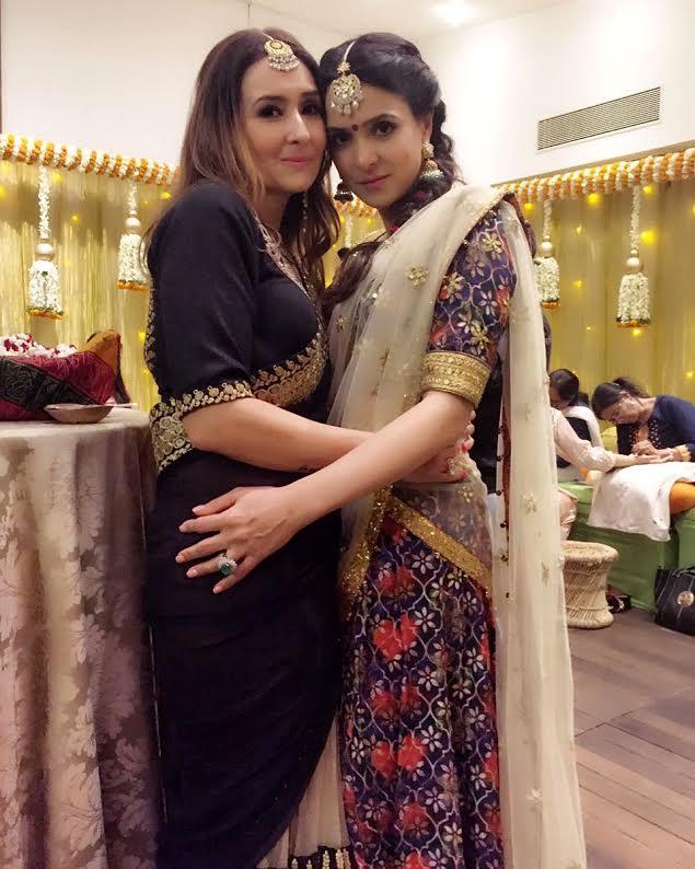 #TanyaDeol looking stunning in a custom #SeemaKhan printed silk lehenga with mirrorwork ..Shop with us at #BANDRA190