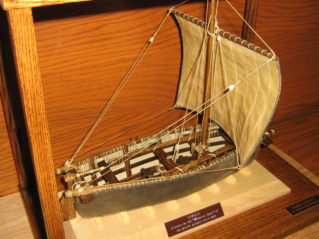 Heather Barrett On Twitter This Is A Model Of An Umiak Inuit