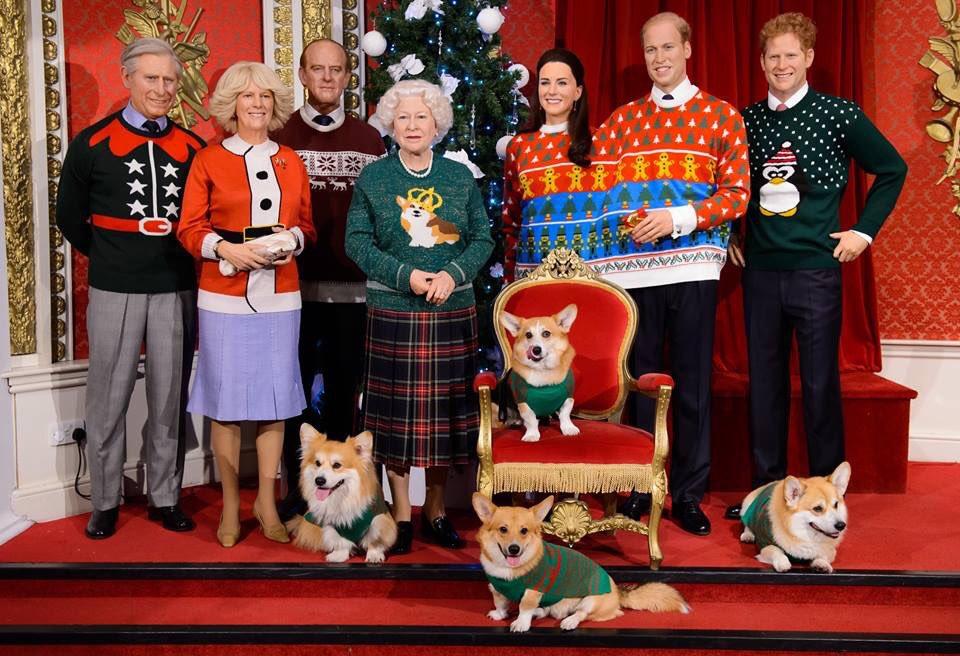 勘違いする人がかなり多そうだけどイギリス王室の方々がクリスマスのクソダサセーターを着てるこの画像、ご本人ではなく蝋人形です。精巧すぎてヤバイ。 https://t.co/yH0YyM7yFg