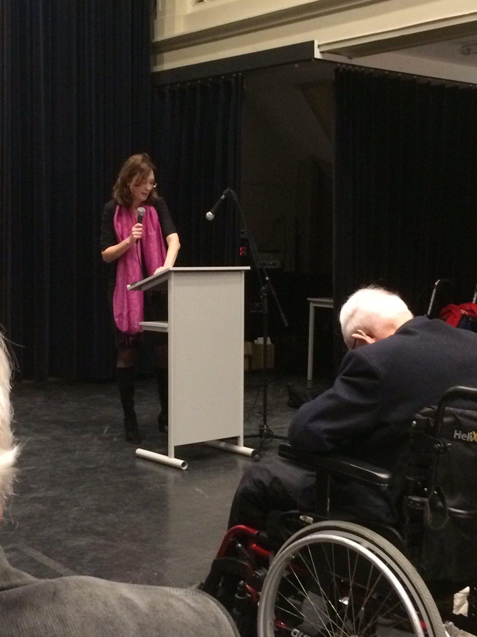 WBS #PvdA Als je meetelt en meedoet voel je je niet oud. Of je nu 90 of 70 bent. @annemarieke Nierop. https://t.co/fLfqkqkYmT