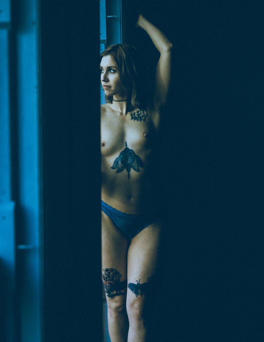 Women humiliate nude men