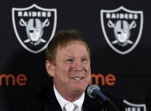 Oakland unveils stadium plan to keep Raiders in Bay Area. >