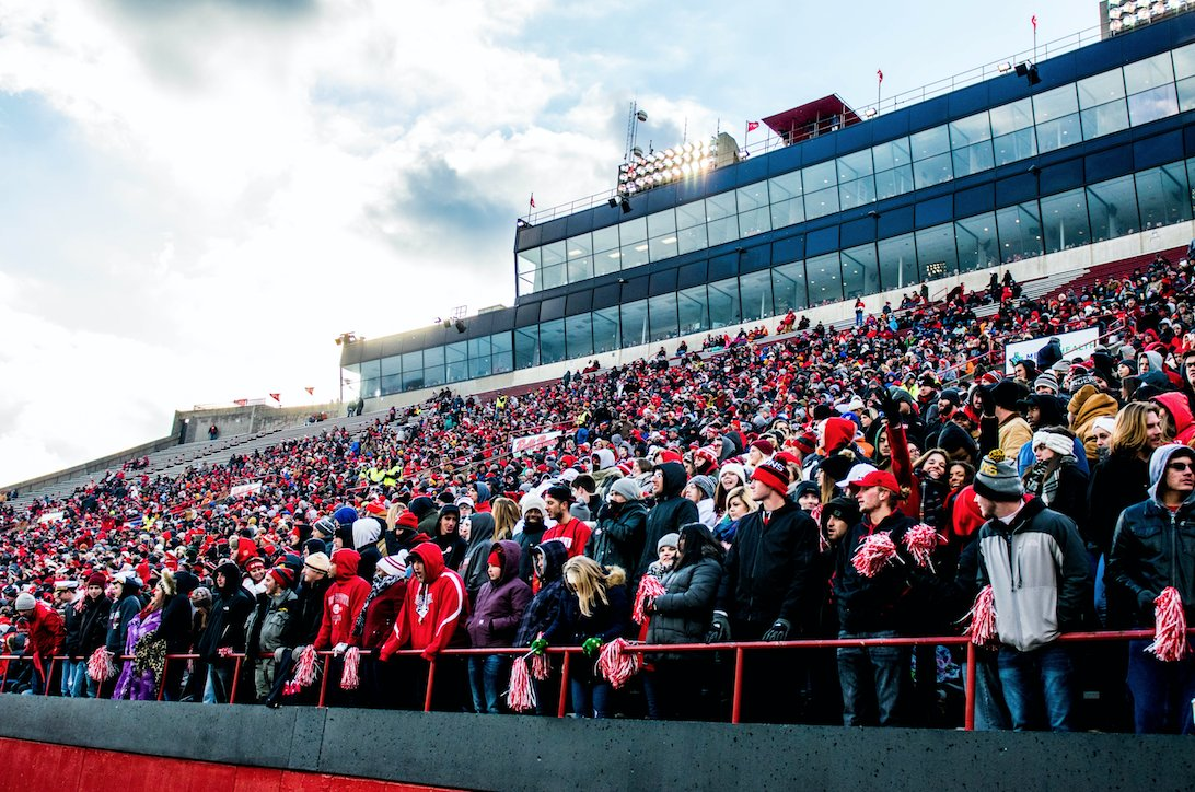 GO GUINS! Youngstown State advances to the FCS semifinals; what an exciting day on campus! https://t.co/TcuJjpi65L