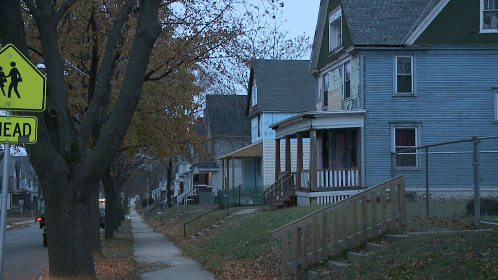 MPD investigating 2 sudden deaths overnight; 3-month-old and 5-week-old baby girls