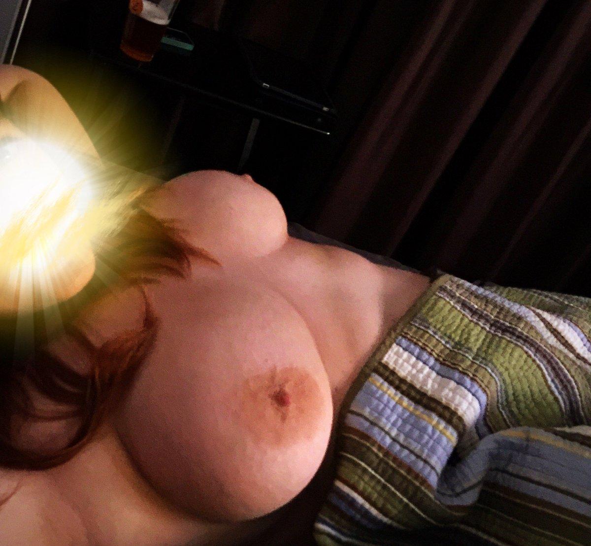 Nude Selfie 9701