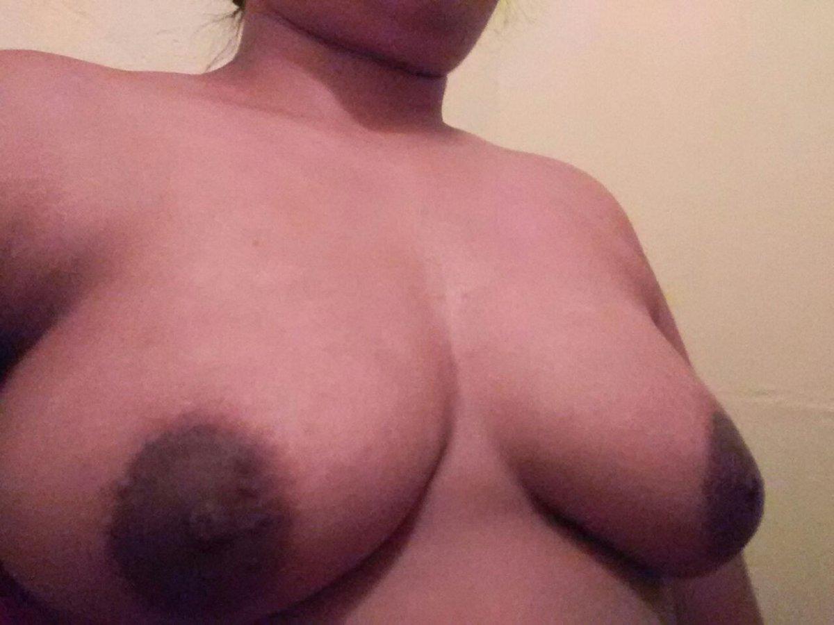Nude Selfie 9703