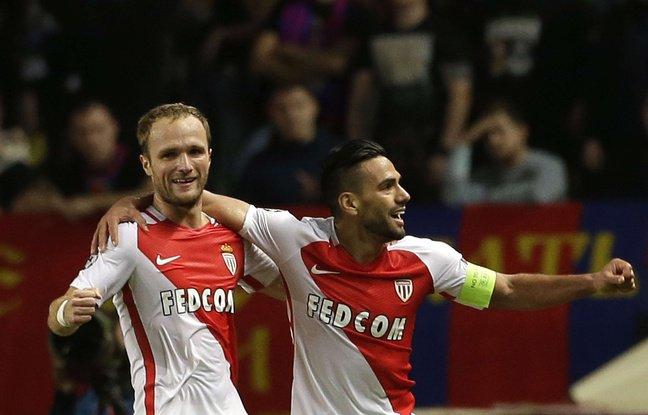 (20minutes.fr):#EN #DIRECT. Monaco-OL: Match de fou, ça attaque dans tous les sens... Les..  http://www. titrespresse.com/article/456579 1612/en-direct-match-monaco-ol-0-0-attaque-gardiens  … pic.twitter.com/aTMsLDZq4y