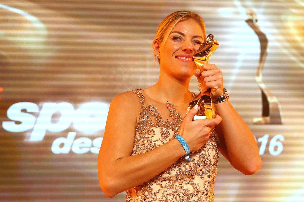 WTA 2016 - Page 7 Cz_pbwVXcAE-oRQ