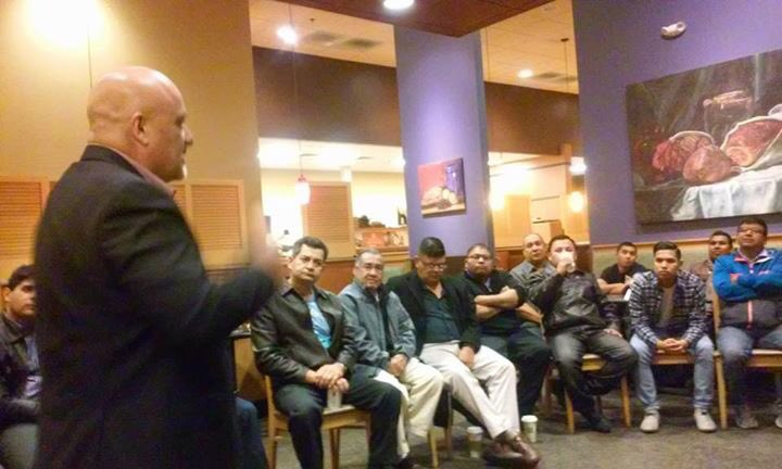 Addressing  group of #Latino men with a message of change and #leadership. https://t.co/ZEopog97A9