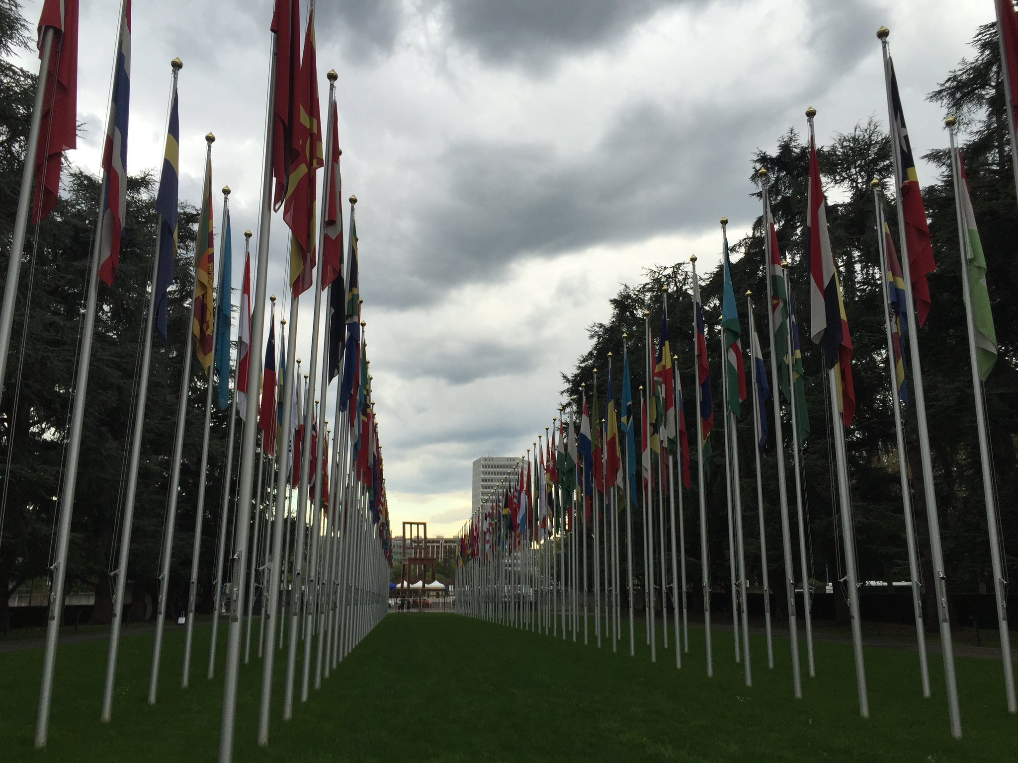 Our campaigners are in #Geneva for 5th Review Conference of Convention on Conventional Weapons aka #CCWUN https://t.co/TZwGP8ezxF @UNGeneva https://t.co/l5kORXUYNW