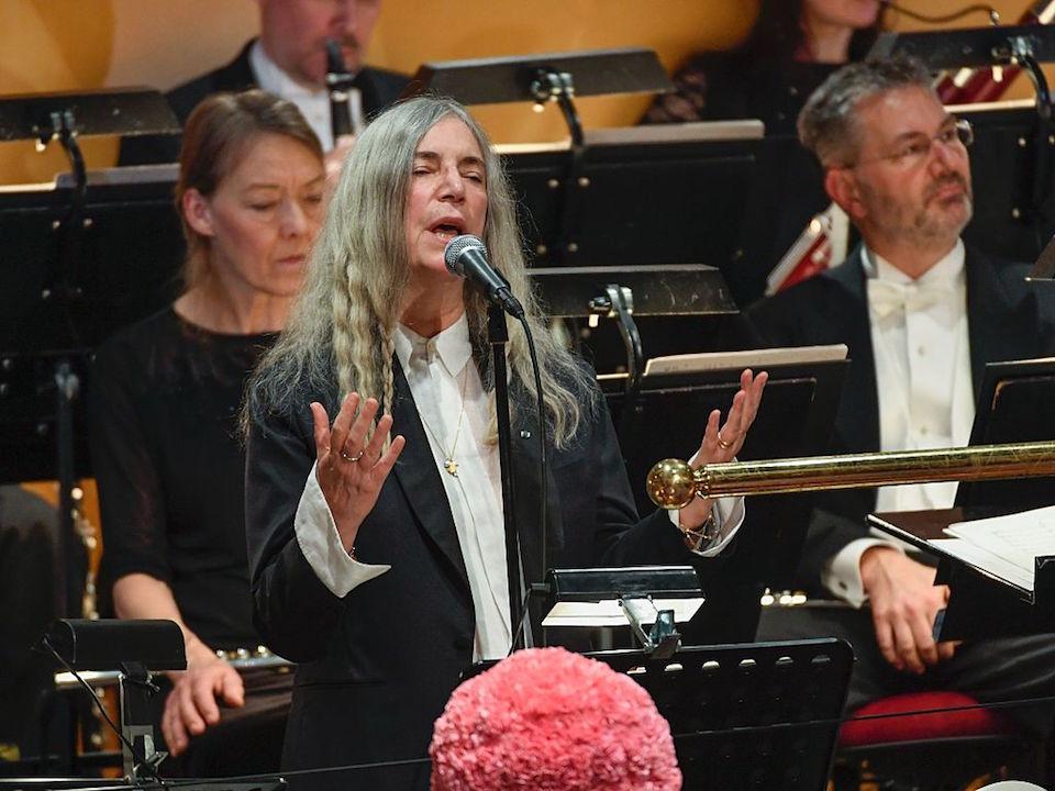 Patricia Lee (Patti) Smith, la sacerdotessa del rock al Premio Nobel per Bob Dylan