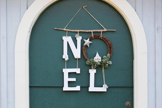 Make a Noel Wreath