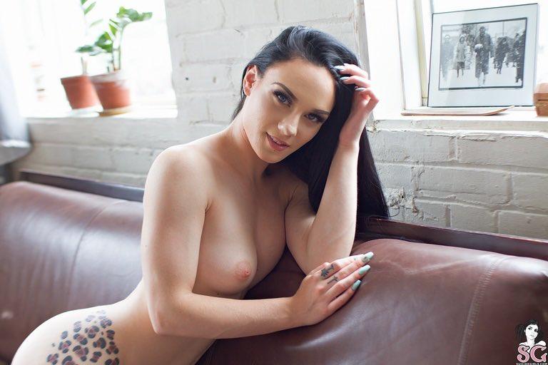 meghan leopard nude