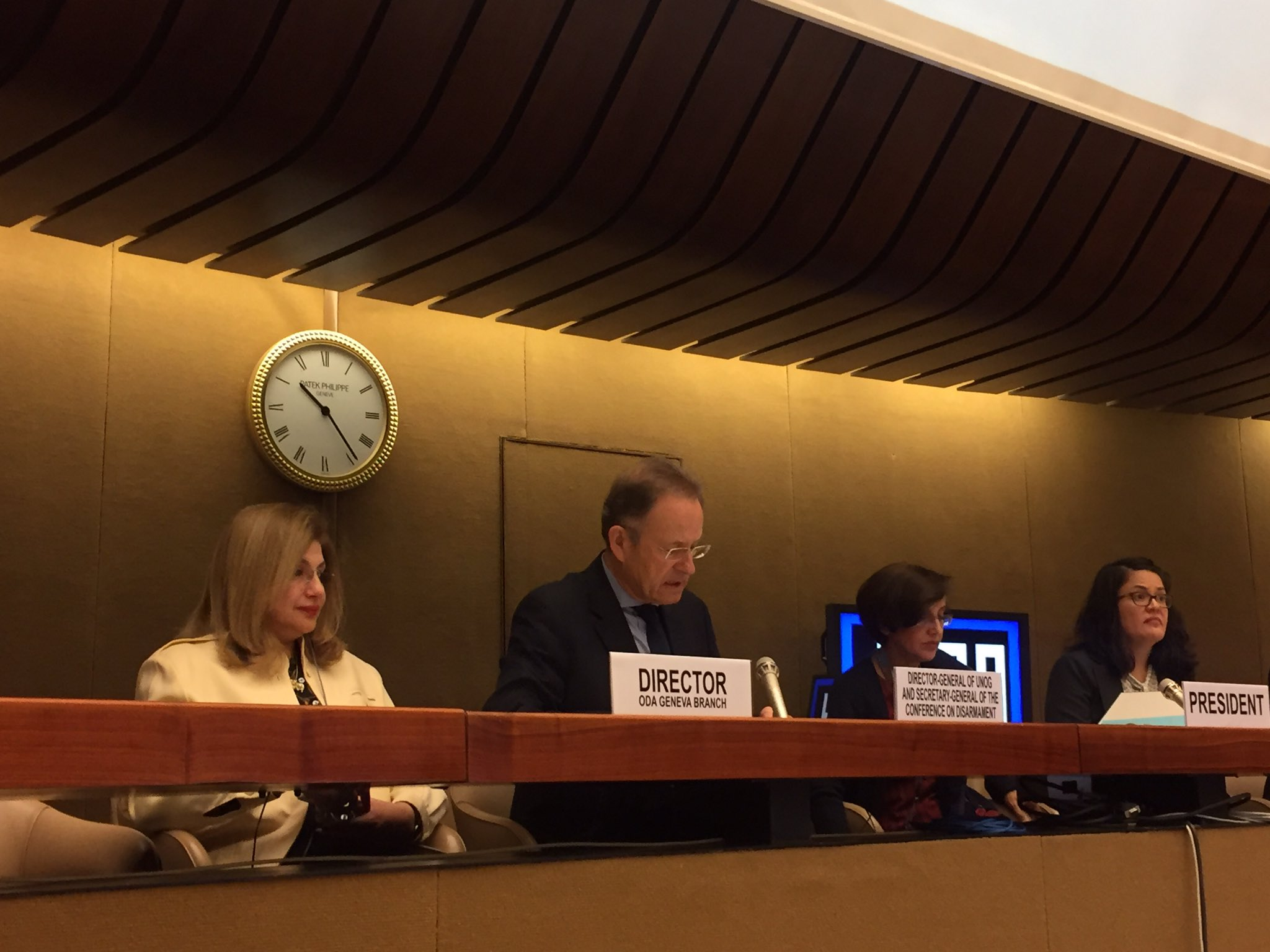 Remarks by @UNOG_DG urging states to take preemptive action by #CCWUN states to address concerns over lethal autonomous weapons systems https://t.co/hH9ZAxsMAh