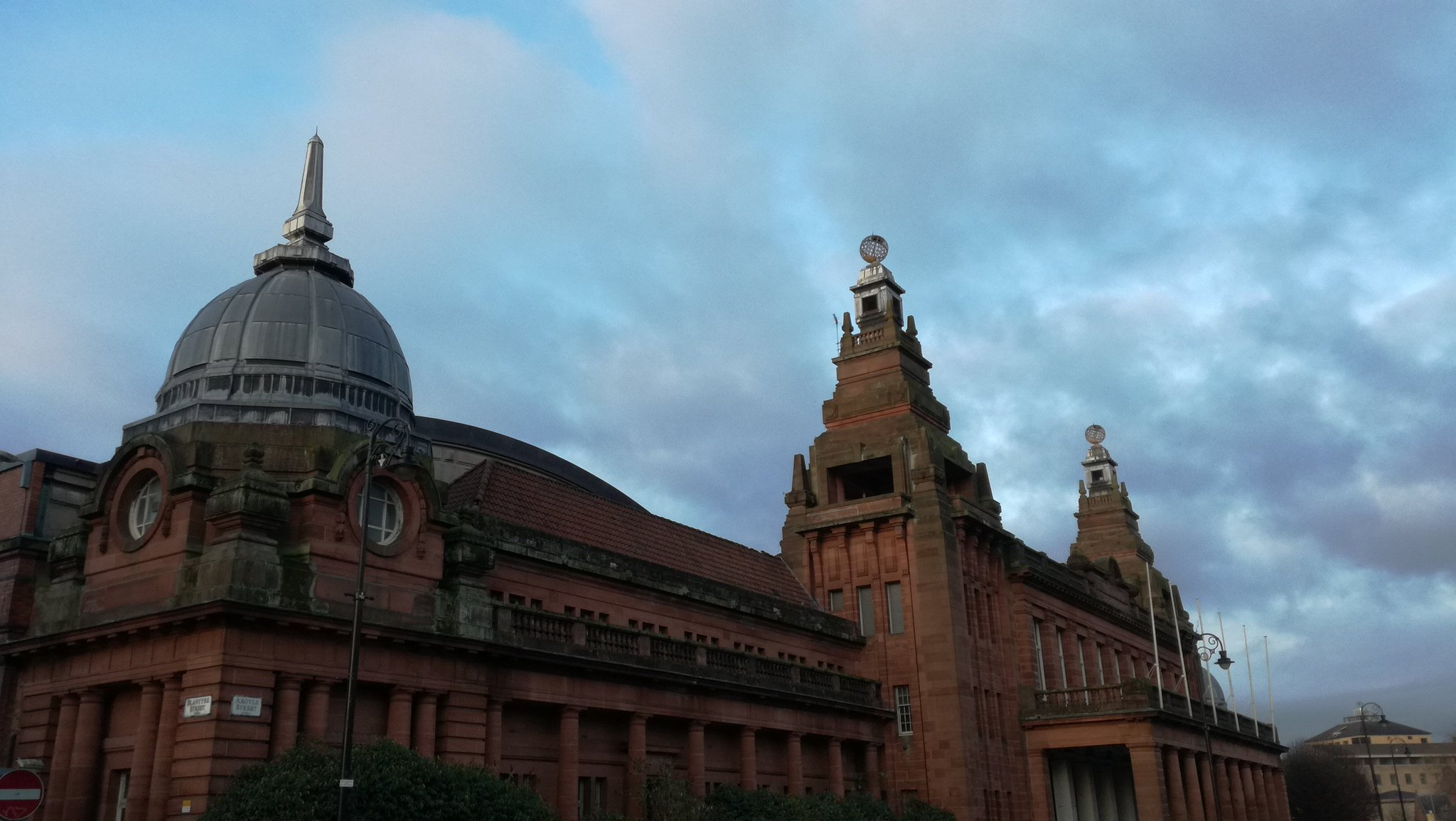 I'm in Glasgow today and tomorrow for the #EDCR2016 conference at the wonderful Kelvin Hall https://t.co/jMsYJ5ZkJ3
