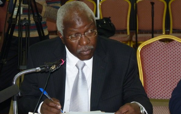 Unnamed local gov official in #Uganda claimed allowances for 1,036 nights this year! Cost $140,000 - Auditor General http://buff.ly/2gQuzWk