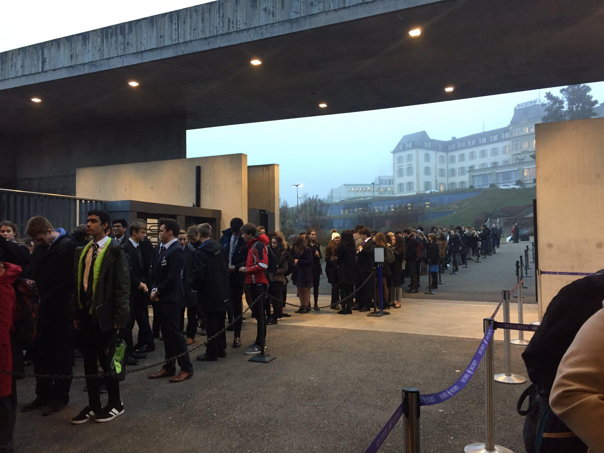 Longest line we have ever seen at @UNGeneva as students visiting today. @UN_Disarmament @UNOG_DG https://t.co/Pr3aDBYiQJ