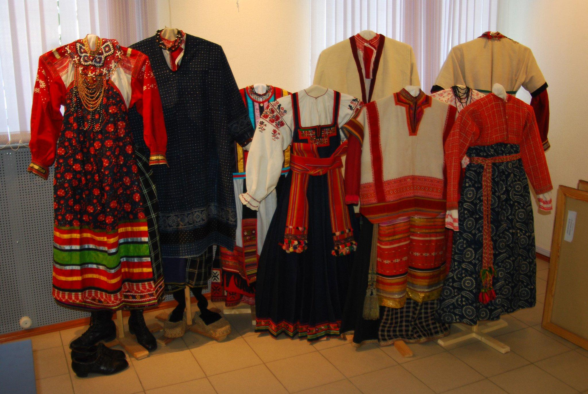 выращивать национальные костюмы в россии является лиановидным