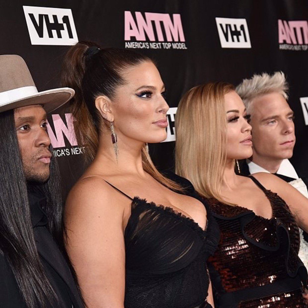Tonight Tonight Tonight! America's Next Top Model starts tonight 10pm on @vh1. #ANTM https://t.co/RYD9zRK9zT