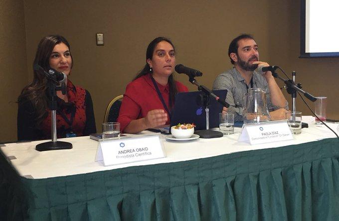 Comienza el segundo conversatorio en el #Hackaton de Punta Arenas, con @AndreaObaid, Paola Díaz y @Perestupinya