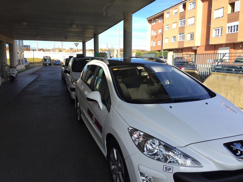 Problemática del taxi y las aplicaciones móviles