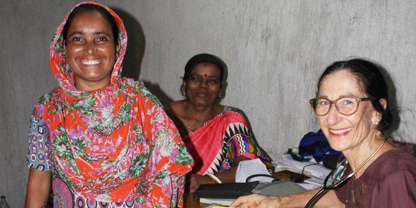 Die @mz_de bringt einen eindringlichen Artikel über unsere Einsatzärztin Nicole Diederich in #Kalkutta: https://t.co/JecMPDp5MO https://t.co/rPNdxG8Bmx