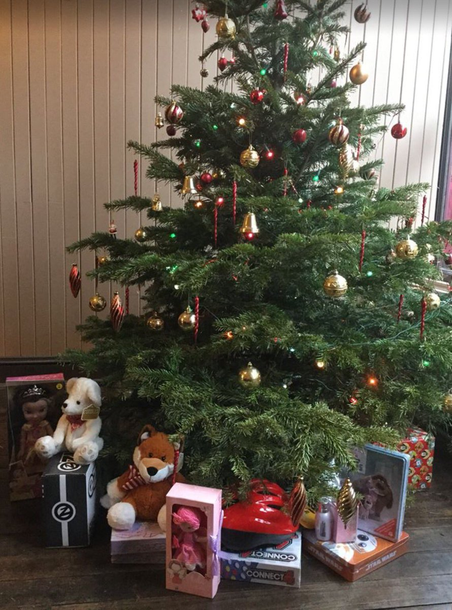A christmas decoration that has been donated to you is a - Thank You To Everyone Who Has Been So Kind Can You Donate For A Child Https T Co 7bfz3mtm8a