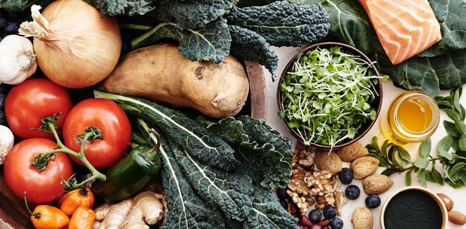 18 Superfoods That Can Serve Up Gorgeous, Glowing Skin, According to Derms