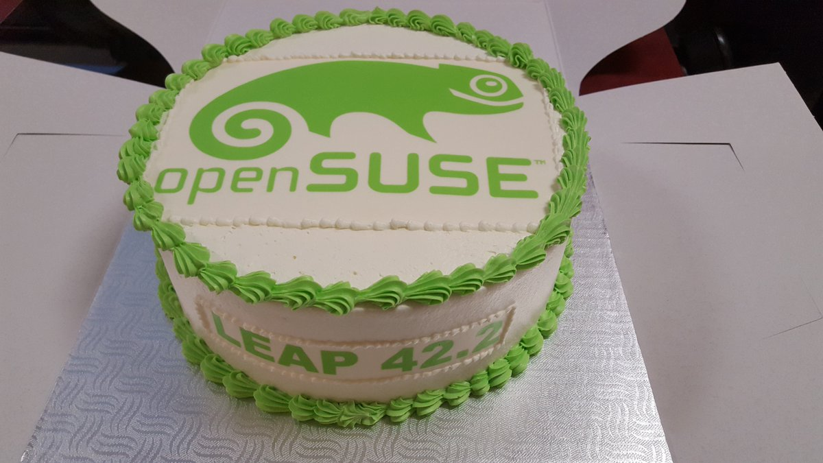 Canadian style @openSUSE Leap 42.2 Release Party at a Linux Meetup. That cake looks yummy! https://t.co/CAHCYDXOv5