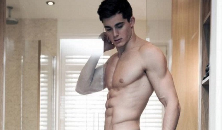 Male actors nude in movies-9091