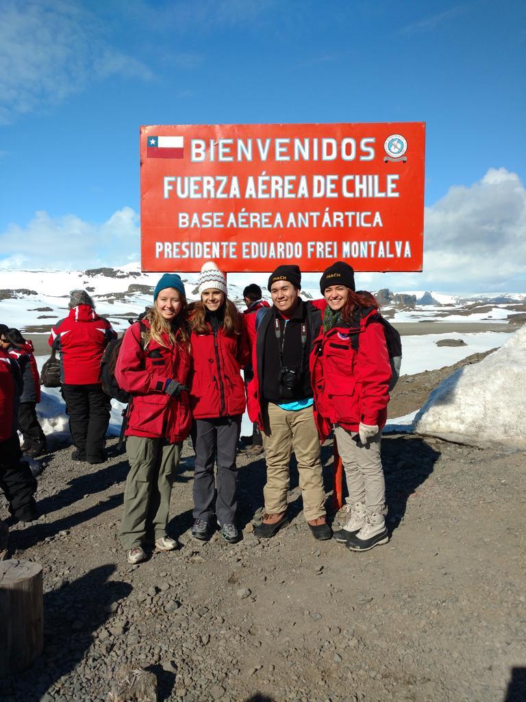 Made it to Antarctica @EAE_JASE @DartArctic @RVirginiaPolar https://t.co/FeSyvDindt