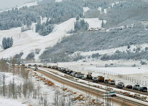 Got traffic problems? Let's talk solutions Tuesday, Dec. 13th at 5:30pm @WheelerOpera : https://www.aspeninstitute.org/events/community-forum-reimagining-mobility-roaring-fork-valley/…