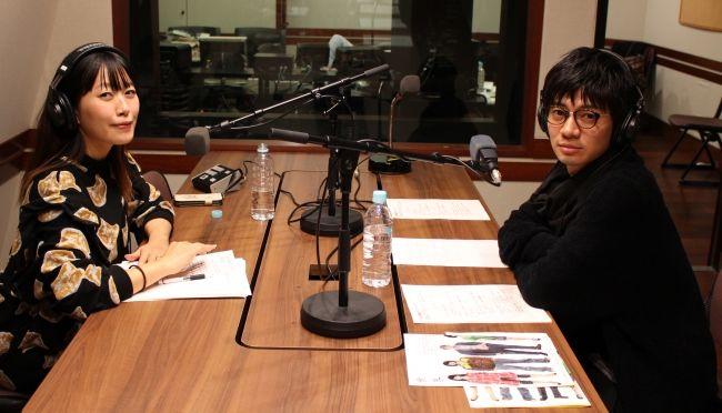 ラジオ番組に出演する和田正人