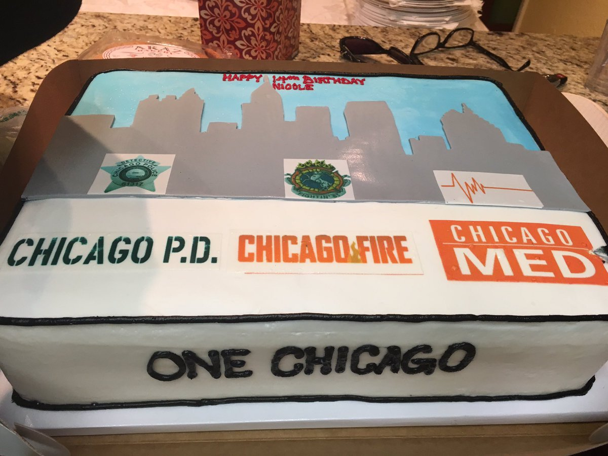 Astounding Chicago P D On Twitter 1 This Cake Is Amazing 2 Happy Personalised Birthday Cards Petedlily Jamesorg