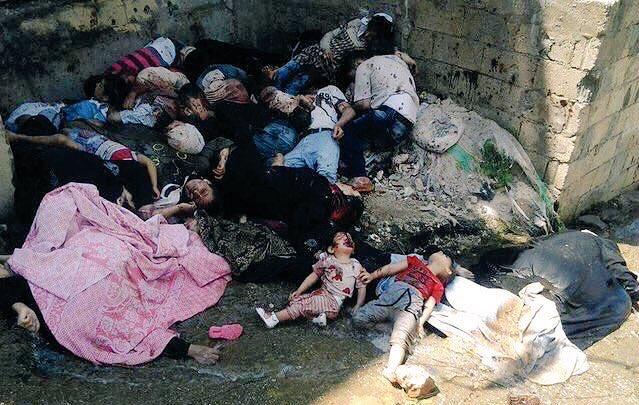 Це пекло: Після штурму армії Асада вулиці Алеппо всипані тілами загиблих (ФОТО, ВІДЕО 18+) - фото 8