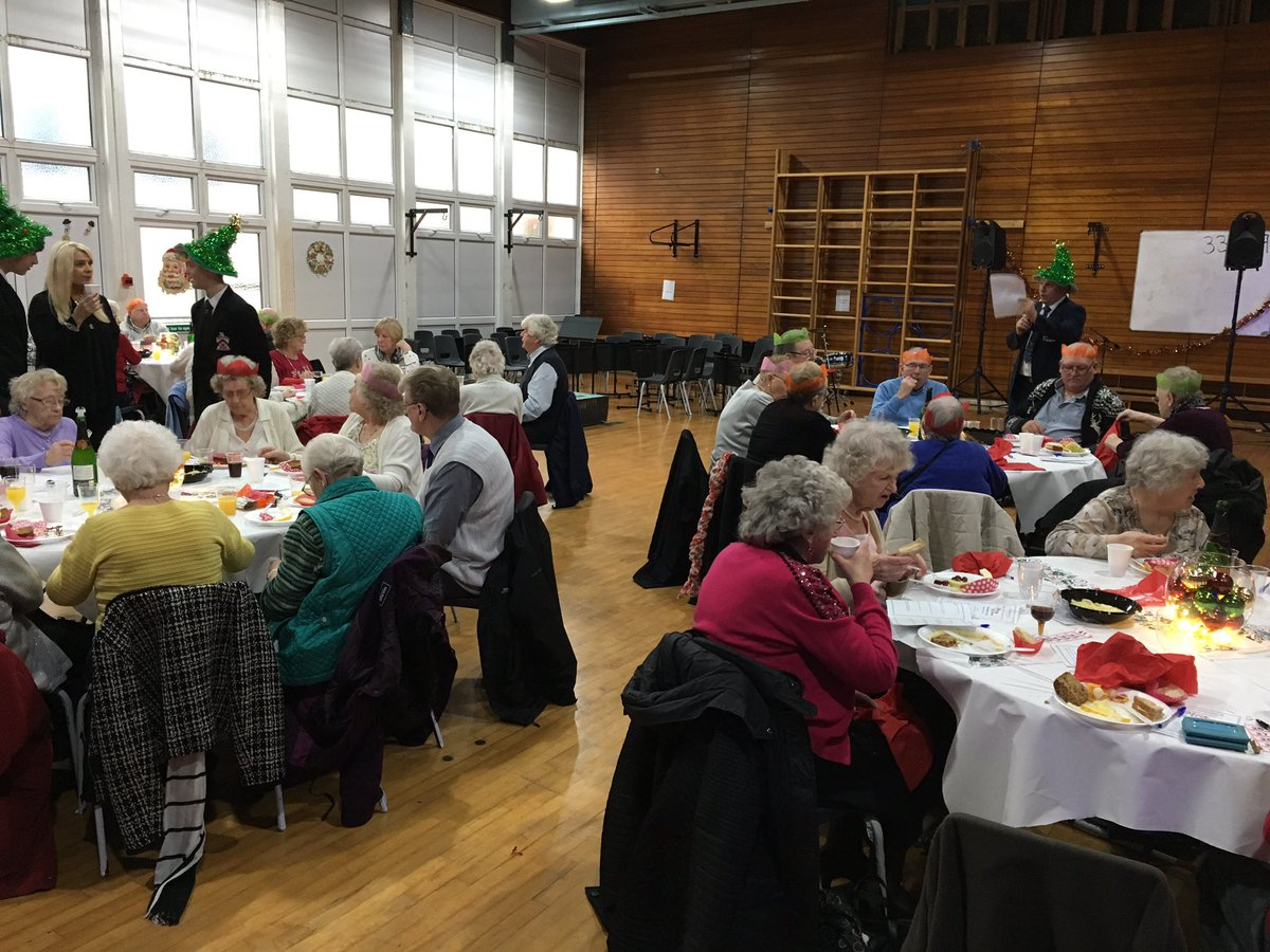 Fred Longworth On Twitter We Welcome Senior Citizens From Our Community For Their Annual Christmas Party Today Students Providing Food Entertainment