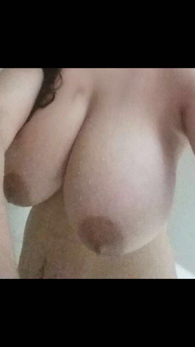 Nude Selfie 9740
