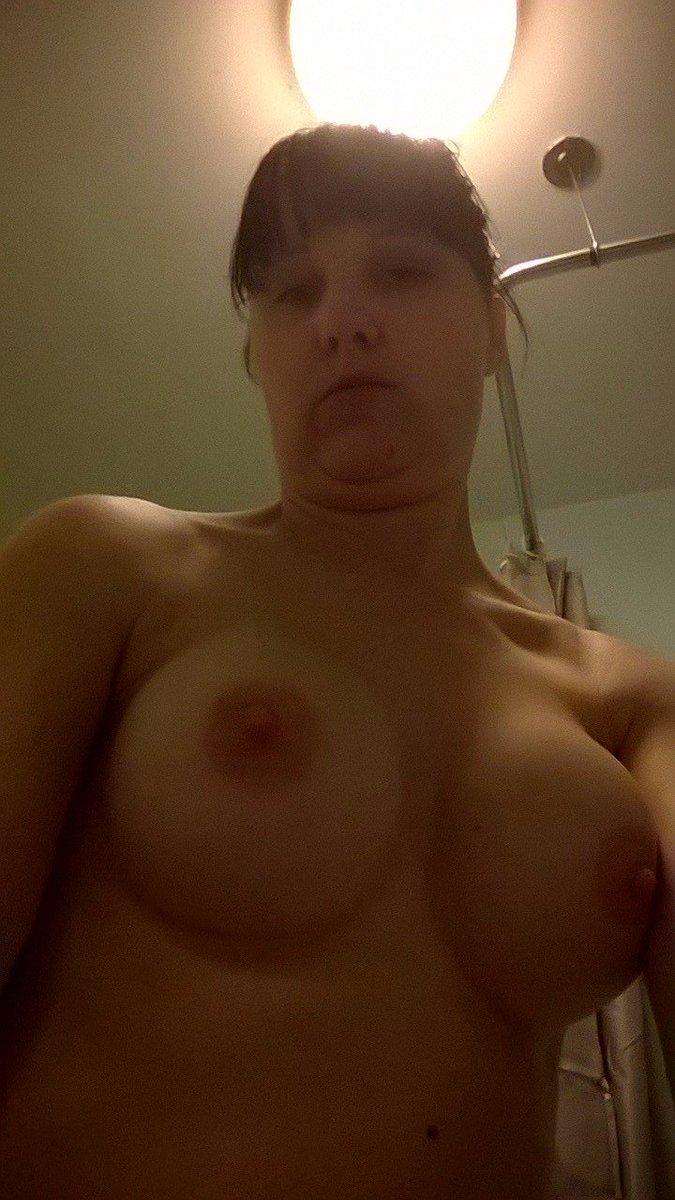 Nude Selfie 9793
