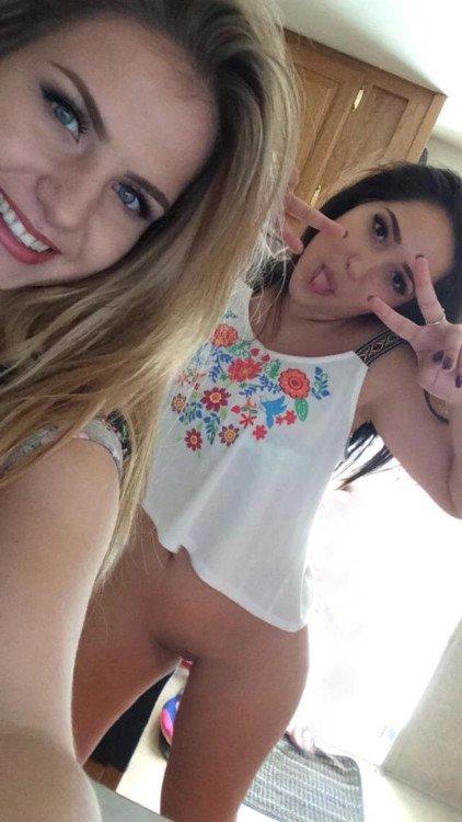 Nude Selfie 9813